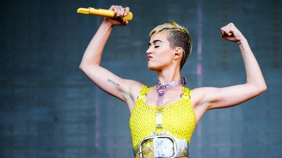 Katy Perry 天價簽約American Idol 「我比男人更值錢」