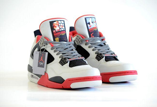 Freaker Sneaks 打造訂製球鞋 「NES」向紅白機致敬